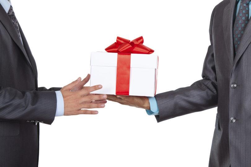 Confira 21 dicas de presentes para  chefe