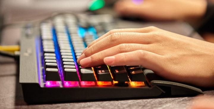 Confira os 5 melhores teclados mecânicos