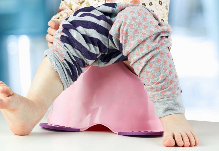 Conheça os melhores penicos para fazer o desfralde do bebê