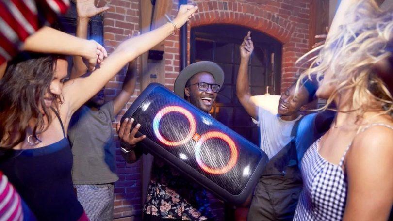 JBL PartyBox 300 vale a pena? Revelamos toda a verdade aqui!